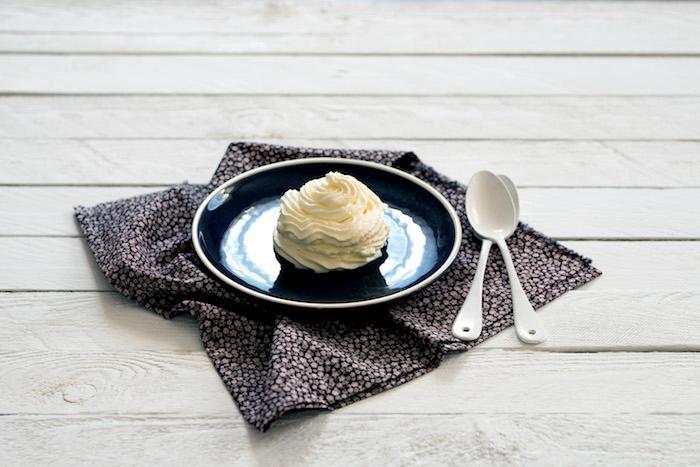 Crème montée style chantilly arôme au choix